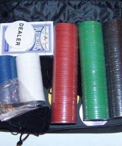 Set de Poker compus din pachet de carti si jetoane cu valori